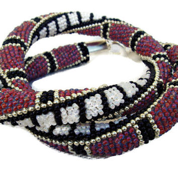 Bead crochet rope necklace in fuchsia, black, white and silver. Seed beads jewelry.