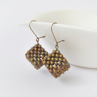 Geometric earrings, cube earrings, beadwork earrings, minimalist earrings, modern hand beaded earrings, fashion jewelry