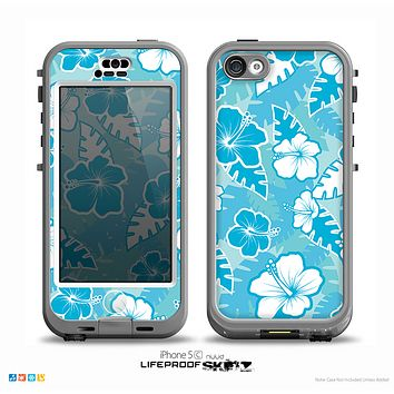 The Blue & White Hawaiian Floral Pattern V4 Skin for the iPhone 5c nüüd LifeProof Case