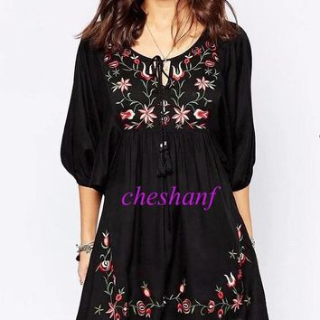 Vintage Ethnic Embroidery Floral Pattern Loose A-Line Mini Dress Tie Neck O-Neck Pullover Half Puff Sleeve Women femme 2 Colors