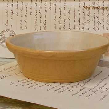 Vintage Yellow Ware Tart Pan with Fluted Edge - Stoneware Pottery Marked Number 2