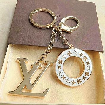 LV Louis Vuitton Round Key Word Key ring Fashion - Buckle Key chain White
