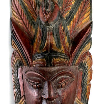 Traditional wall mask of natural paint and natural wood carvings from Sri Lanka, unique furniture, kaduru wood (snake tree).
