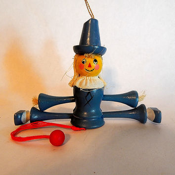 Wizard of Oz Scarecrow Christmas Tree Ornament Pull It Puppet String Toy Vintage 1983 Kurt Adler Animated Collectible Wooden Decoration