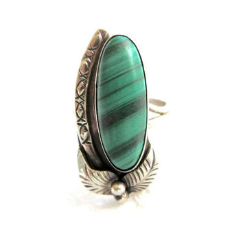 Vintage Navajo Ring, Sterling Silver with Malachite Stone, Size 8, Southwestern Jewelry