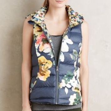 Pure + Good Aquaflora Reversible Vest in Blue Motif Size: