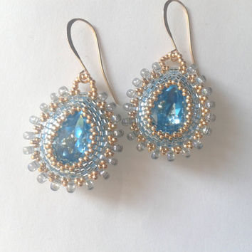 beadwoven earrings handmade with aquamarine swarovski cabochon