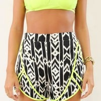 Black&White Print High Waist Shorts with Neon Yellow Trim