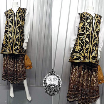Vintage 70s Black Velvet Gold Embroidery Hippie Vest Hippy Vest Sleeveless Jacket Long Vest Black and Gold Brocade Fabric Indian Waistcoat