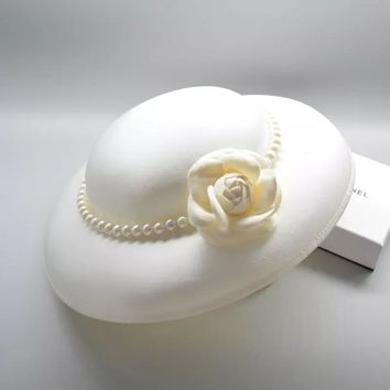 Classy Vintage Style Rose Headpiece