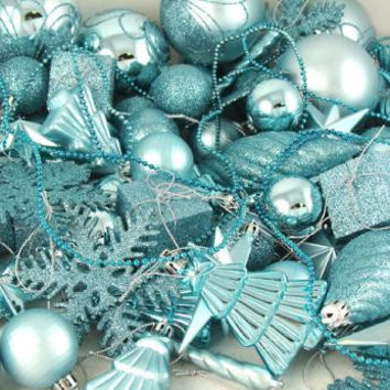 125 Christmas Ornaments - Blue