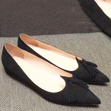 Christian Louboutin Fashion Edgy Pointed Flats Shoes-1