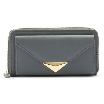 Apt. 9 Pyramid Downtown Clutch