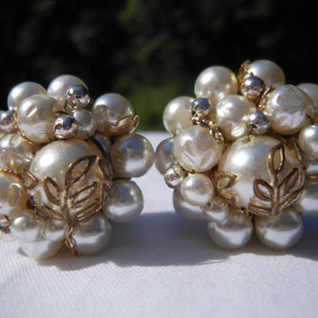 White Cluster Clip On Earrings 1950s Faux Pearl Leaf Filigree Silver Tone Spacers Gold Tone Setting Signed Japan Two Tone Metal Wedding