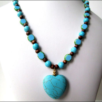 Turquoise Woman's Necklace | Heart Pendant Necklace | Gemstone Woman's Necklace | Brown Wooden Beaded Necklace | Lady Green Eyes Jewelry