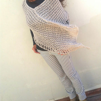 Oatmeal poncho, knit wrap, oatmeal shawl, knit wool poncho, alpaca lace poncho, wraps and shawls, knitwear trends, winter trends, bulky cowl