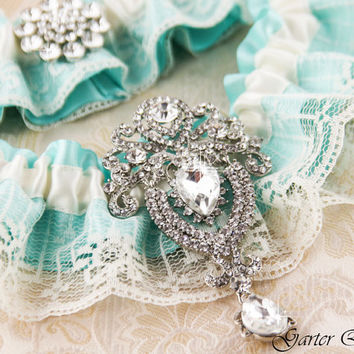 TIFFANY Bridal garter set, SOMETHING BLUE Wedding Garter set, Ivory Lace Bridal Garter, Lace Wedding Garter
