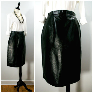 Vintage Leather Skirt, 80s Wilsons Black Leather Pencil Skirt With Back Slit, Fall / Winter Fitted Black Leather Skirt With Pockets Size 12