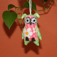"""Fabric soft sculpture small Owl ornament dimensions 4.5""""x2.5""""x1"""" thick"""