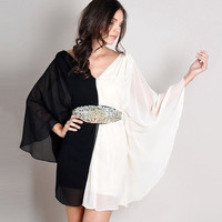 Black and White V-Neck Bat Sleeves Flared Hem Mini Dress
