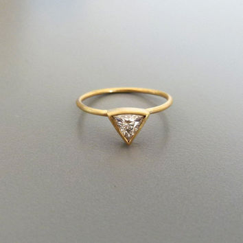 0.25 Carat Trillion Diamond Ring - Diamond Engagement Ring - 18k Solid Gold