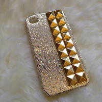 iPhone 4/4S Studded  gold glitter case with gold pyramid studs,studded case,iphone case,handmade iphone case,iphone 4/4s case