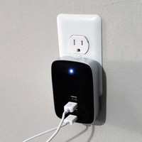 4 Port USB Charger @ Sharper Image