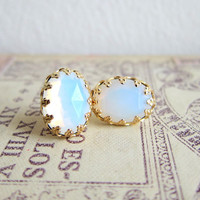 Moonstone Earrings Opal Gem Stone Gold Studs White Translucent Milky Cloudy Winter Snow Modern Simple Classic Classy Minimal Precious Stone