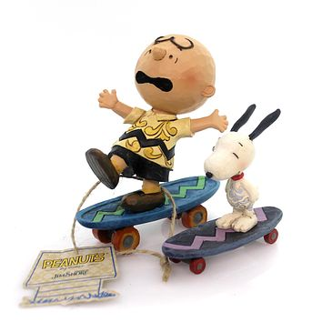 Jim Shore SKATEBOARDING BUDDIES Polyresin Snoopy Charlie Brown 4054080