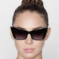 Brigitte Vintage Oversized Cat Eye Sunglasses in Black