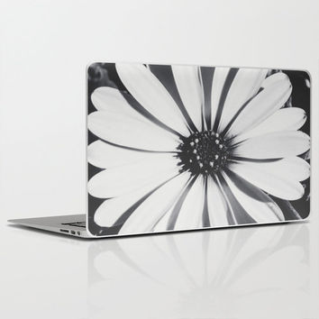 "Waiting for the night - Laptop Skins for MacBook Air/ Pro/ Retina 11"" 13"" 15"" 17"" and PC Laptops 13"" 15"" 17"" - Daisy - Laptop Accessorys"