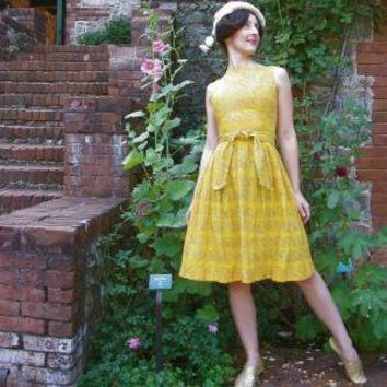 Vintage SUNSHINE ON MY SHOULDERS 60s Helen by AstralBoutique