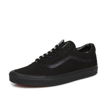 5215eaa2fcf474 Vans Old Skool Mens Womens Black Trainers -UK 8