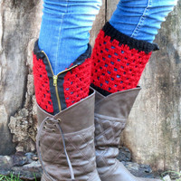 Valentines Day - Red Black Short Square Knit Boot Cuffs with zipper. Zipper Short Leg Warmers. Crochet zipper Boot Cuffs.