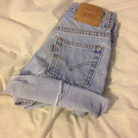 Light wash Levi brand highwaisted shorts