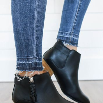 Main Focus Booties - Black