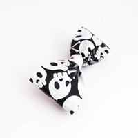 Black and White Skull Men's Clip On Bow Tie, Fun Boy's Bowtie, Unique Stocking Stuffers For Him, Kids Accessories, Cool Christmas Gifts