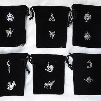 Black Pouch, Witch Pouch, Crystal Pouch, Black Velvet Pouch, Gemstone Bag, Medicine Bag, Rune Pouch