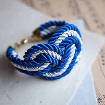 NEW Big White and navy blue Nautical Knot Rope Bracelet by pardes