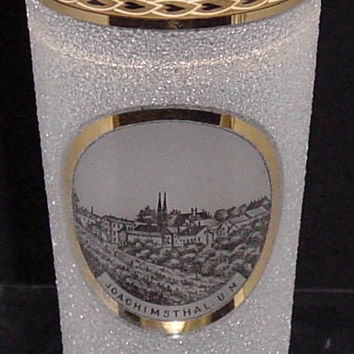 999074 Crystal Pebble Glass With Painting Of Town Joachinsthal. U. M. In Circle, Straight Sides, Gold Rim With Decoration In Rim