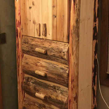 Bedroom dresser, dresser, bedroom furniture, four drawer dresser, cedar log furniture, rustic furniture, #log furniture, #log dresser
