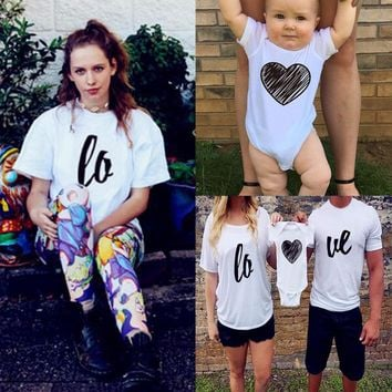 2017 Hot Family Look Love Print T Shirts Summer Family Matching Clothes Father Mother Kids Outfits Cotton Tees New