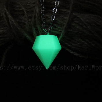 glowing pendant necklace, Glow in the dark Diamond shape necklace,Halloween jewelry, zelda necklace, Custom necklace,Personalized necklace