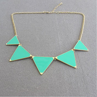 Triangle Necklace, Green Triangle N.. on Luulla