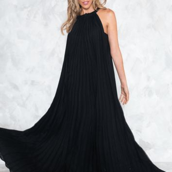 GRECIAN GODDESS PLEATED MAXI DRESS