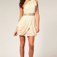 Chiffon manual bead One-shoulder dress from shoponline4