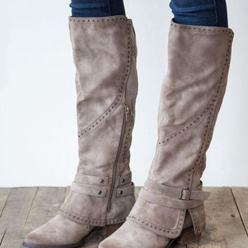 LMFVA6 Not Rated Yoko Boot - Taupe