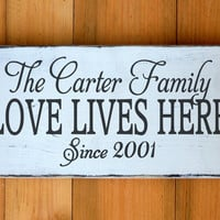 Custom Wood House Sign Personalized Family Name Sign Welcome Love Lives Here Last Name Wooden Plaque Outdoor Porch Decor Rustic Hostess Gift