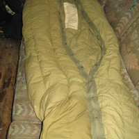 Vintage US Army M-1949 Type 1 Arctic Feather Filled Sleeping Bag Green Mummy Made in USA Camping Hunting