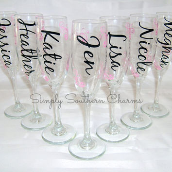 5 Personalized Bride and Bridesmaid Champagne Flutes, Wedding Party Glasses